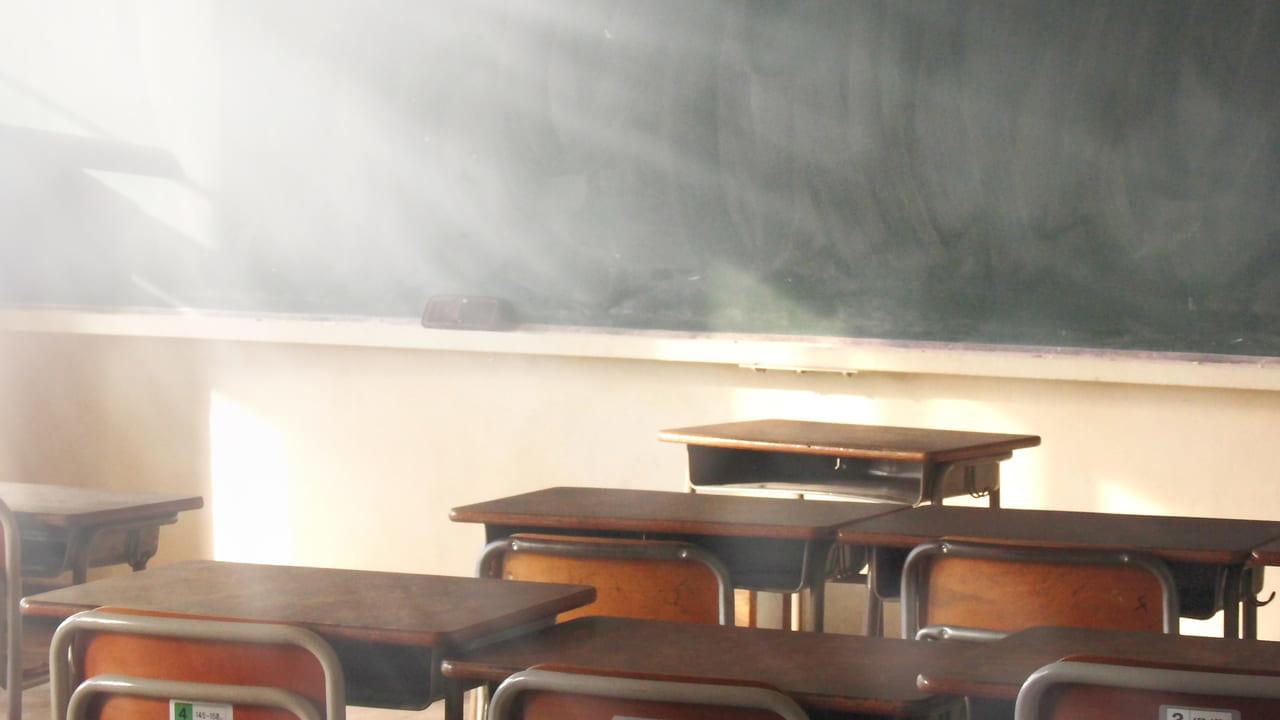 調布市内の小中高等学校のの臨時休校が決定