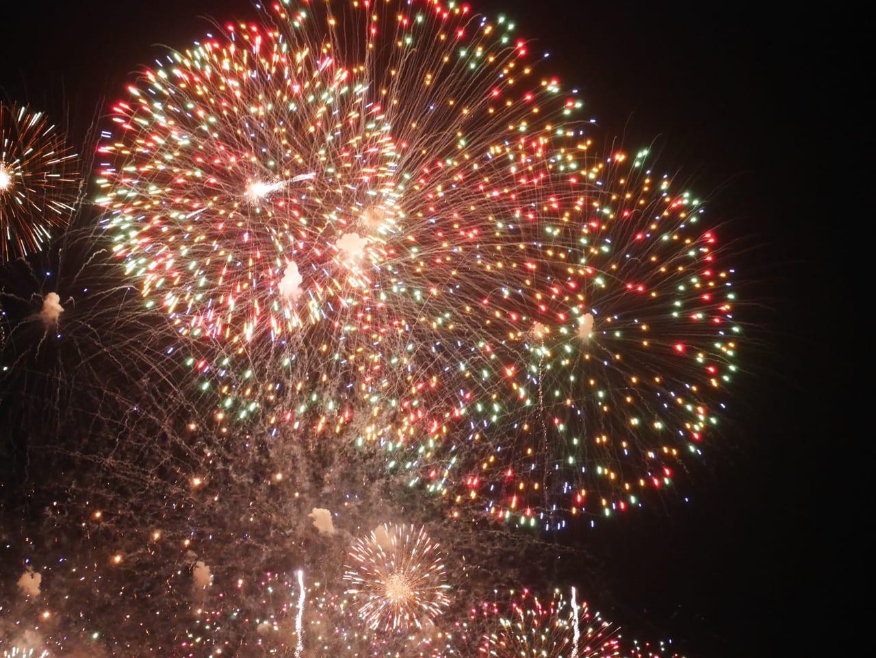 花火 2020 調布 「#隅田川花火大会2020」都内3か所で打ち上げ、各地から喜びの報告が続々